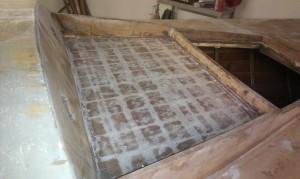Auch im Mastbereich Glasfaser zur Decksverstärkung aufbringen